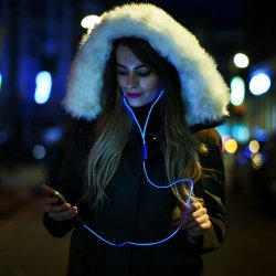 Наушники GlowBeats